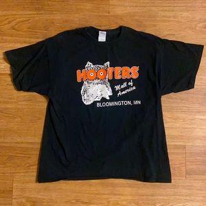 Hooters Mens Black Orange Owl T Shirt Size XL